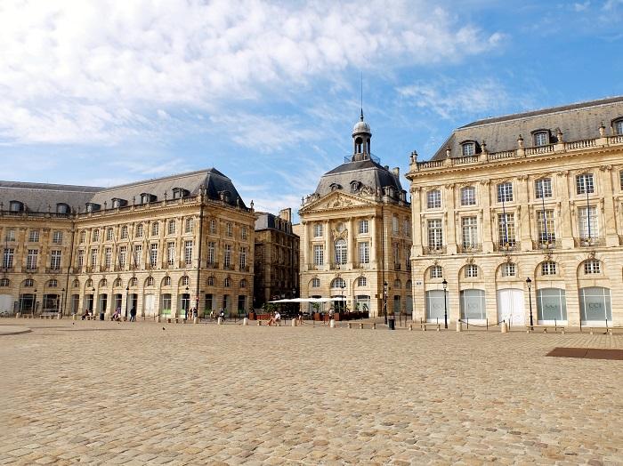 Bordeaux, France   Girl in Florence Blog @girlinflorence