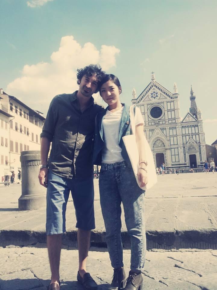Posing in Piazza Santa Croe
