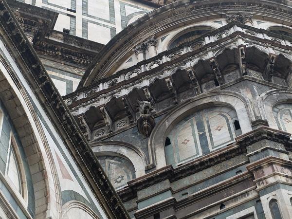 cornuto nulls head on the Duomo in Florence