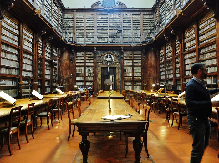 Marucelliana library