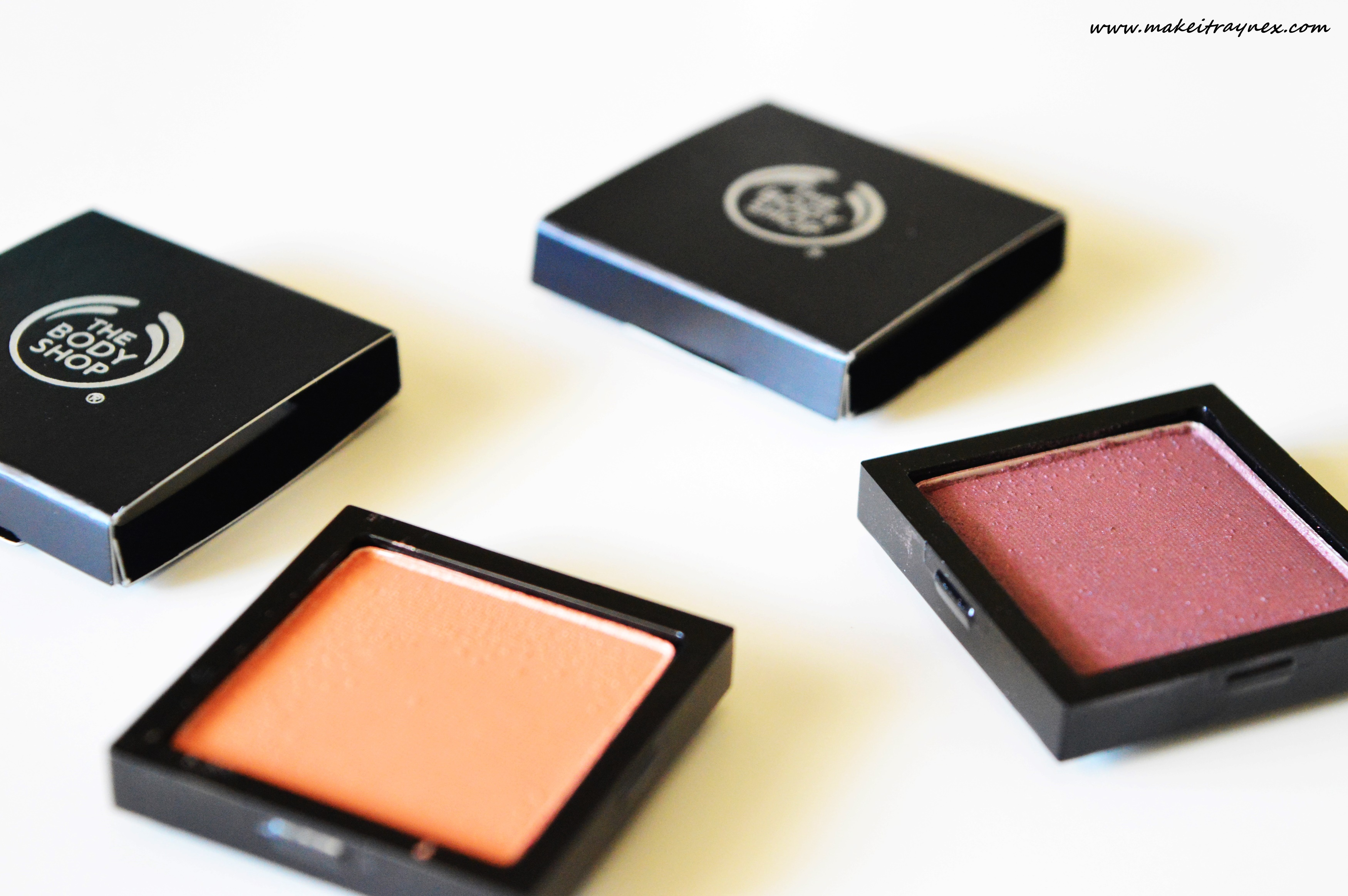 The Body Shop has thirty eye-shadow shades available! {REVIEW}