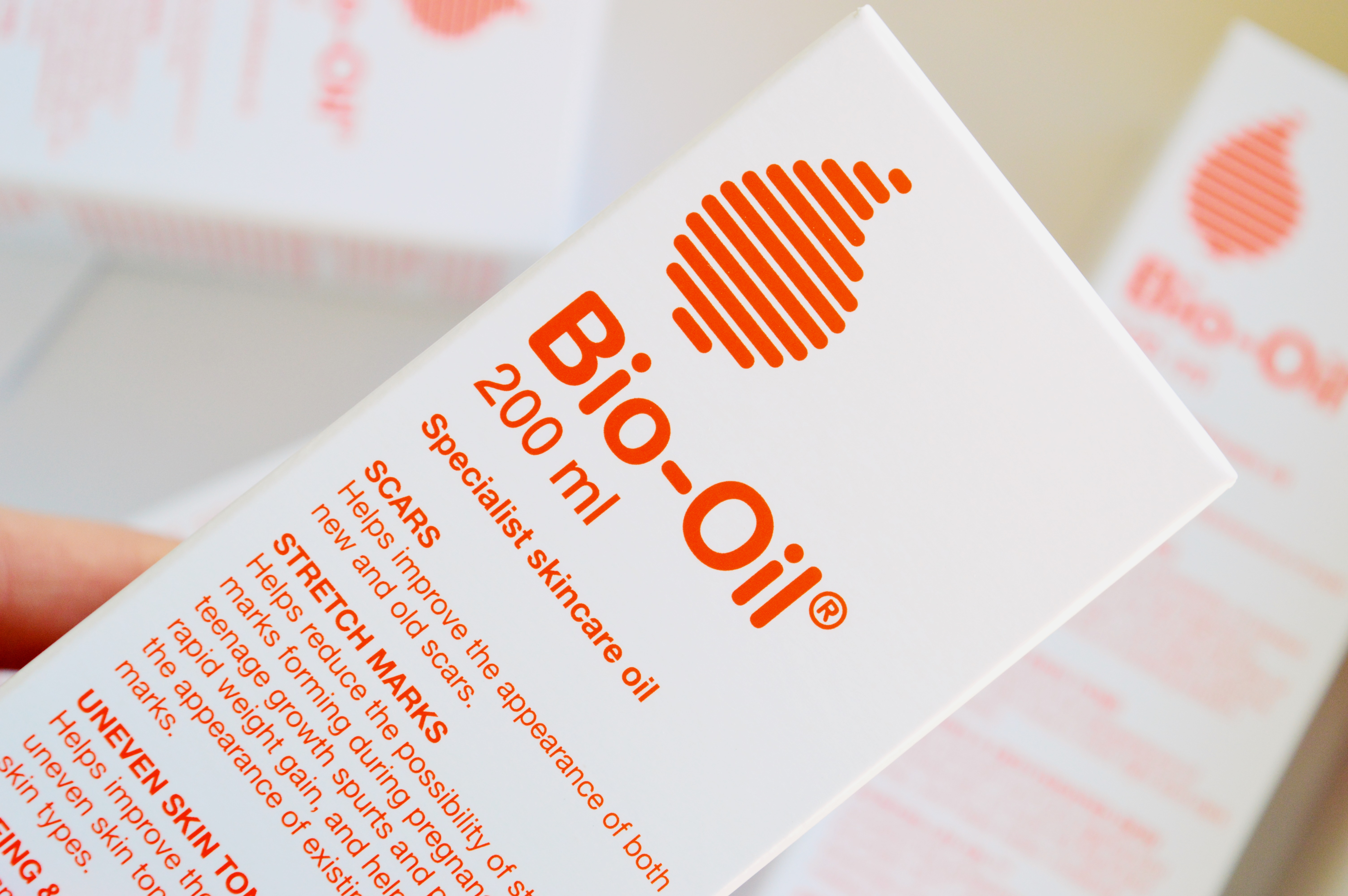 Bio-Oil has turned 30 and reveals new packaging & baby sized bottle! {HERE'S & THERE'S}