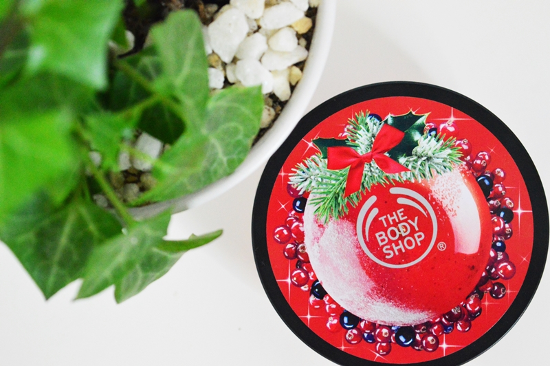 Get a little Christmassy with The Body Shop! {REVIEW}