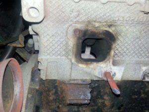 Broken Exhaust Manifold Bolts In Cylinder Head