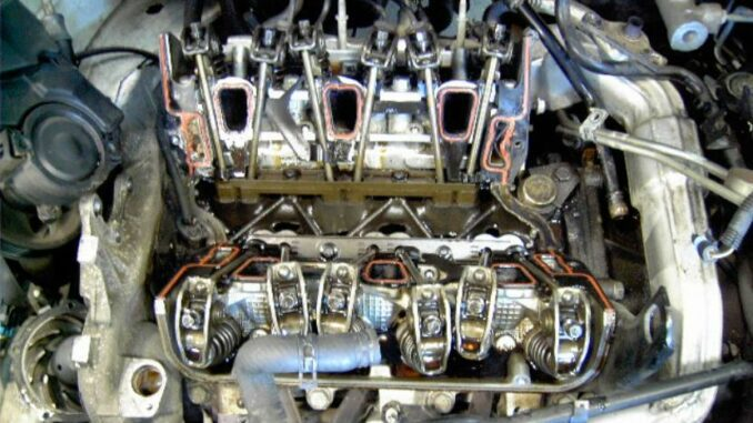 GM 3100 - 3400 Engine With Intake Manifold Removed