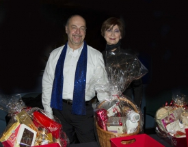 a-tisket-a-tasket-a-room-full-of-raffle-baskets