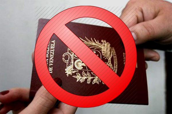 CHISME QUE CORRE - Maduro estudia anulación de pasaportes Venezolanos | iJustSaidIt