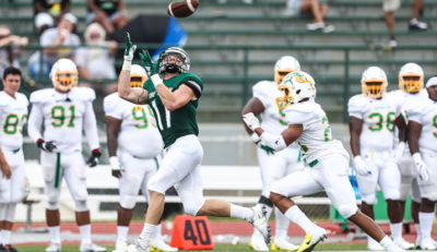 SRU football moves up in national rankings/three players honored
