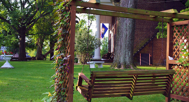 Swing at Beaumont Inn