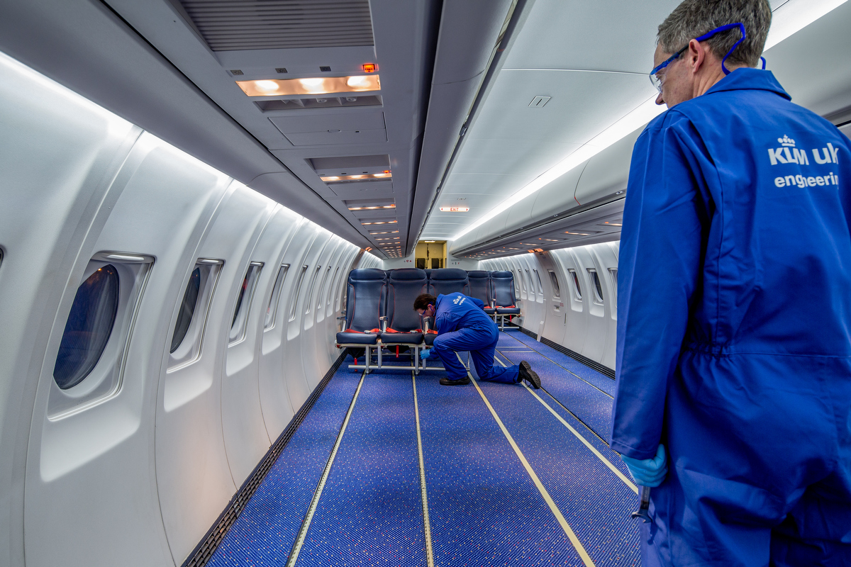KLM introduces new seats on Cityhopper Fokker 70