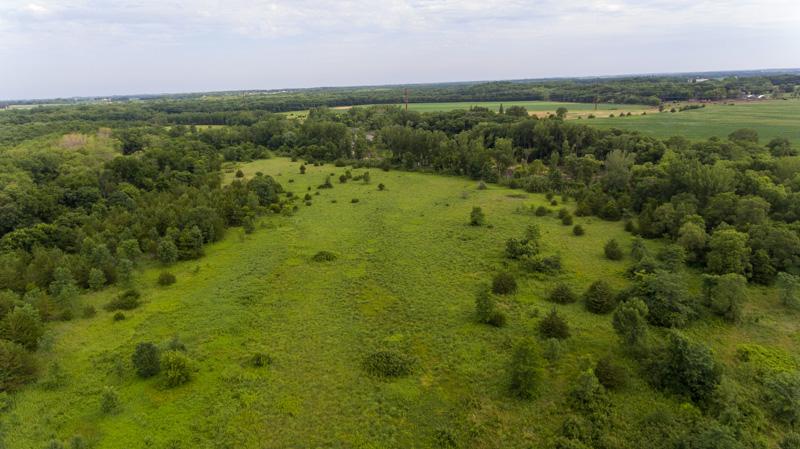 44 Acres Black Hawk County