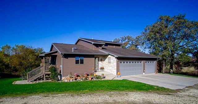 21775 20th St. Oelwein, Iowa | Acreage for Sale
