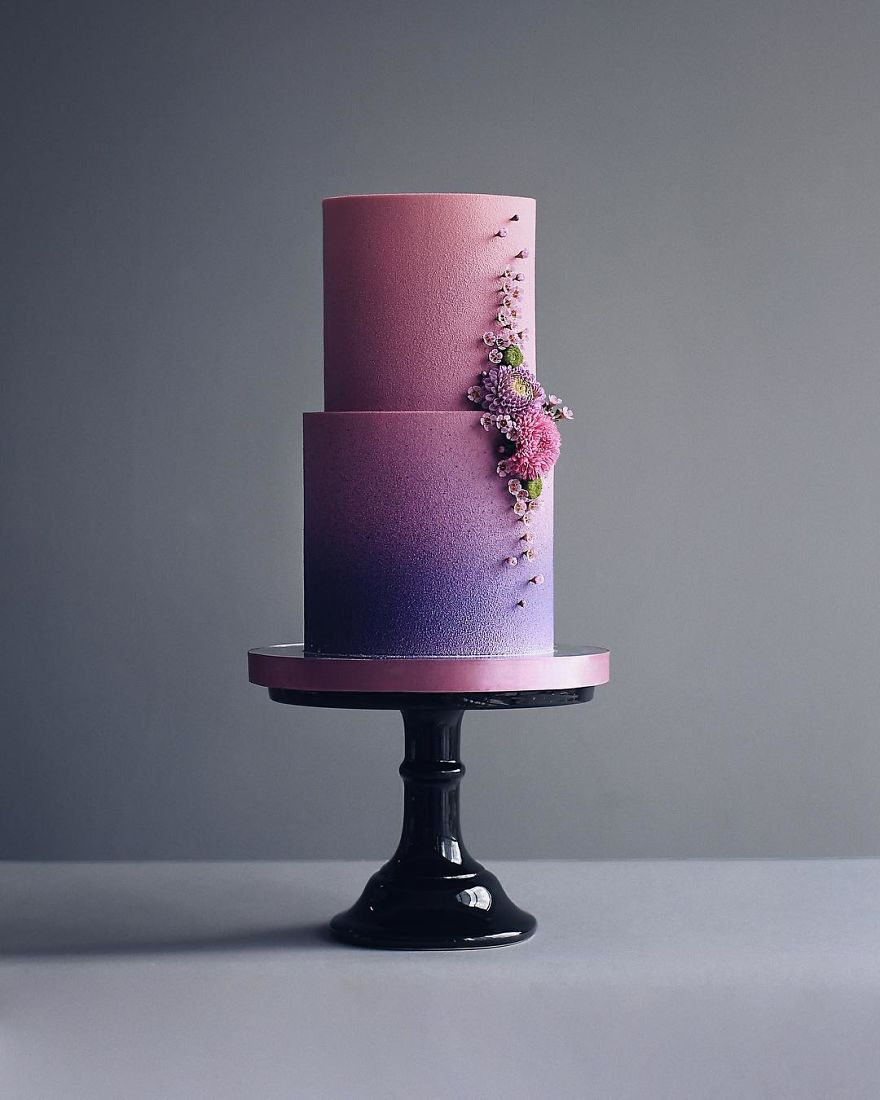 Luxurious Towering Cakes Look Like They Are Straight Out Of The Fairy Tale 12