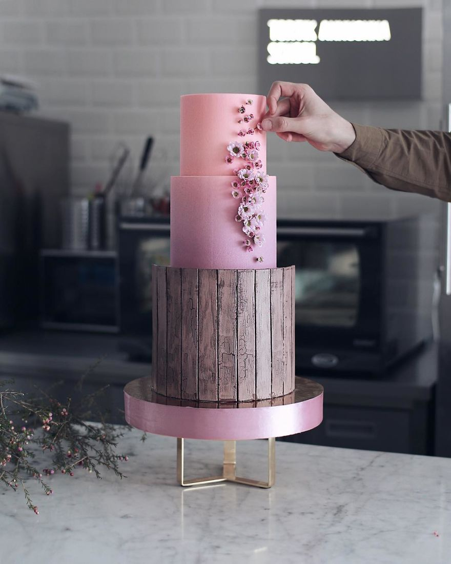 Luxurious Towering Cakes Look Like They Are Straight Out Of The Fairy Tale 18