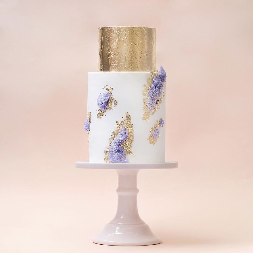 Luxurious Towering Cakes Look Like They Are Straight Out Of The Fairy Tale 25