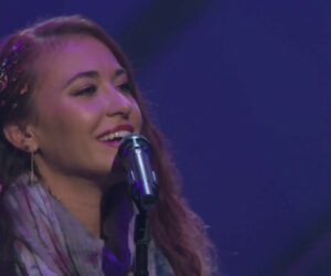 Watch Lauren Daigle Perform You Say at 49th GMA Dove Awards