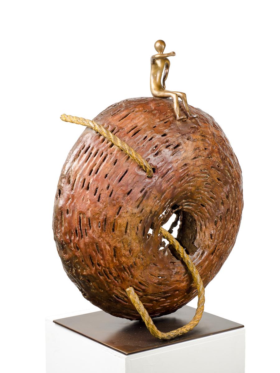 I Made it!, bronze sculpture by Beatriz Gerenstein