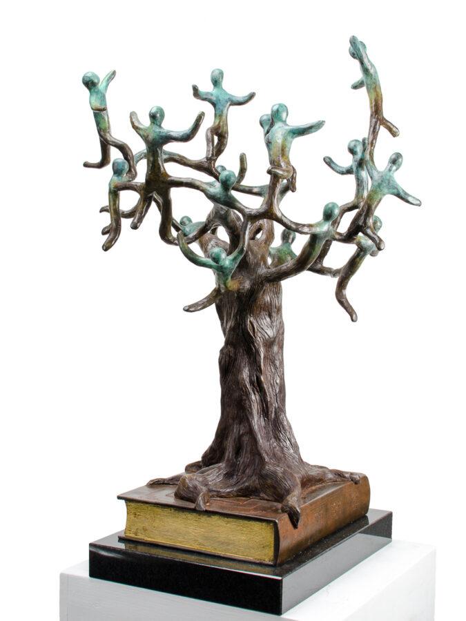To Life! bronze sculpture by Beatriz Gerenstein