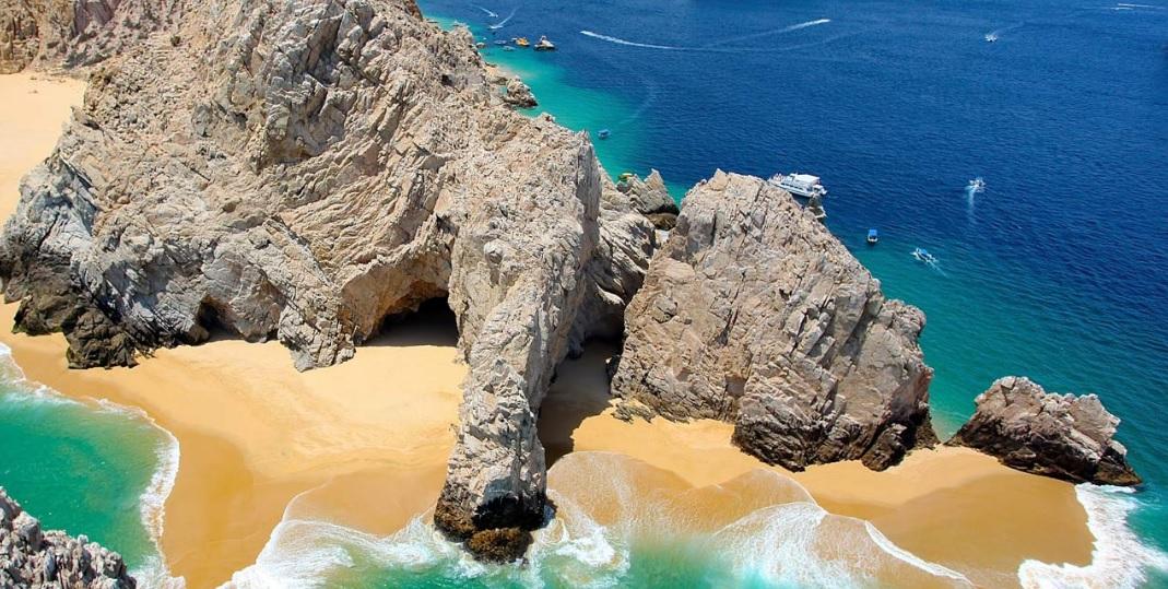 Grand Velas Los Cabos DoTheDaniel