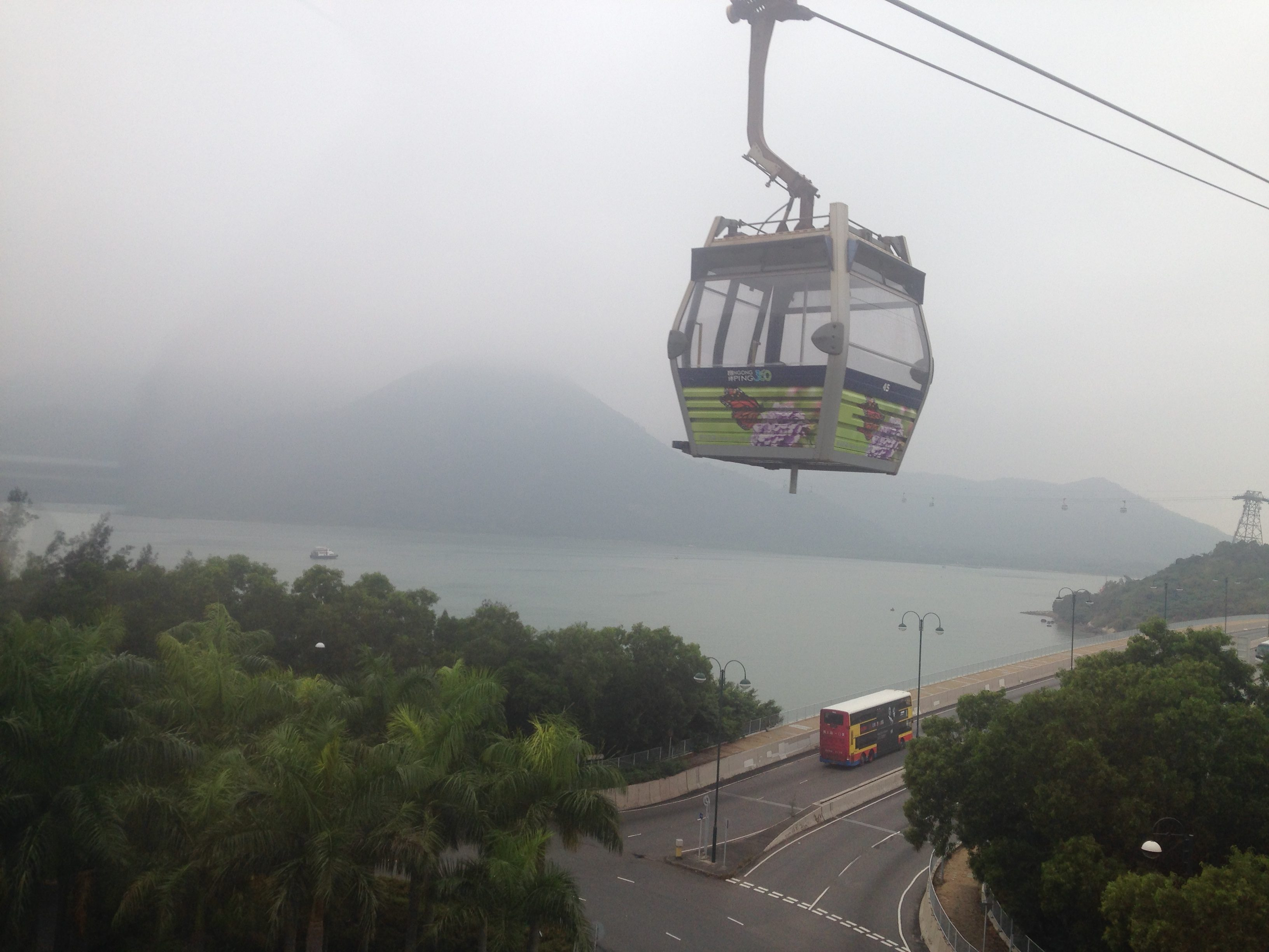 cable-car-to-tian-tan-budda-1