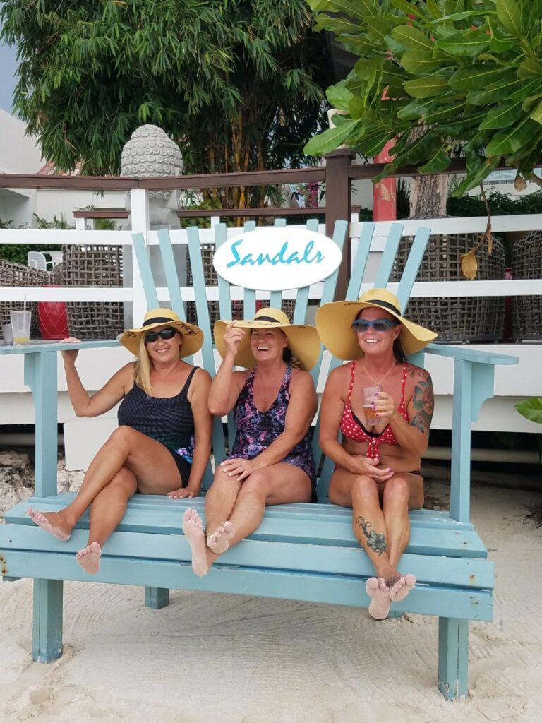 travel agent toni goss and friends