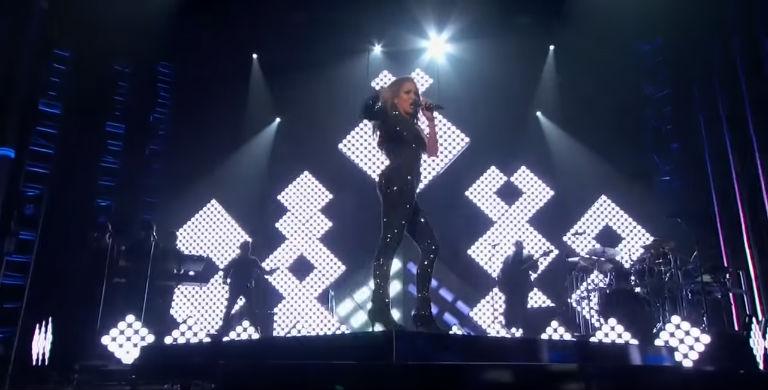 Jennifer Lopez Billboard Music Awards 2015
