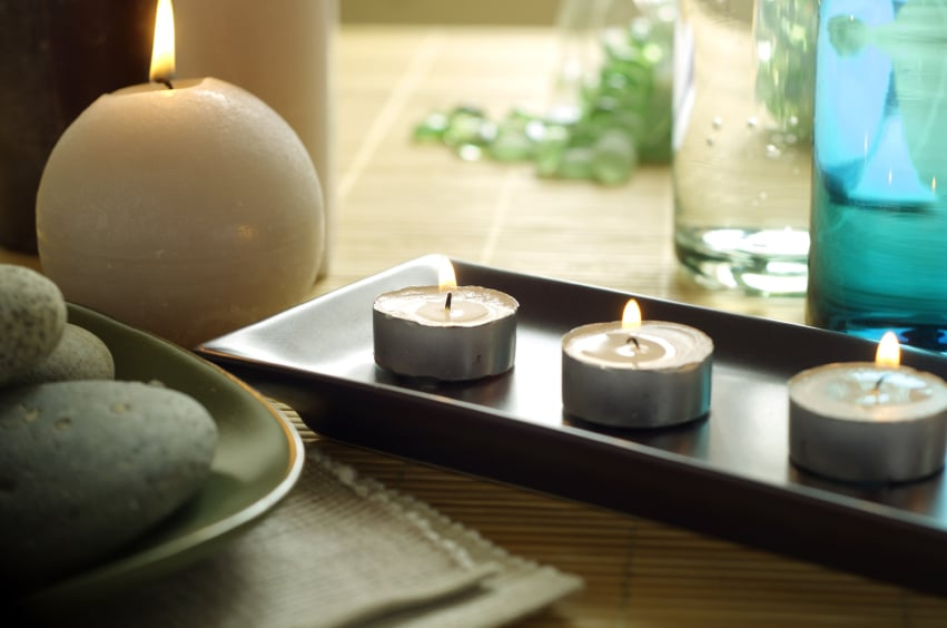 Istock_000003966095small_candles