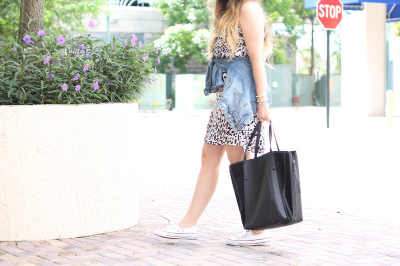 Topshop leopard shift dress, Converse white Shoreline sneaker, JCrew jean jacket, Topshopo felt fedora (10 of 13)
