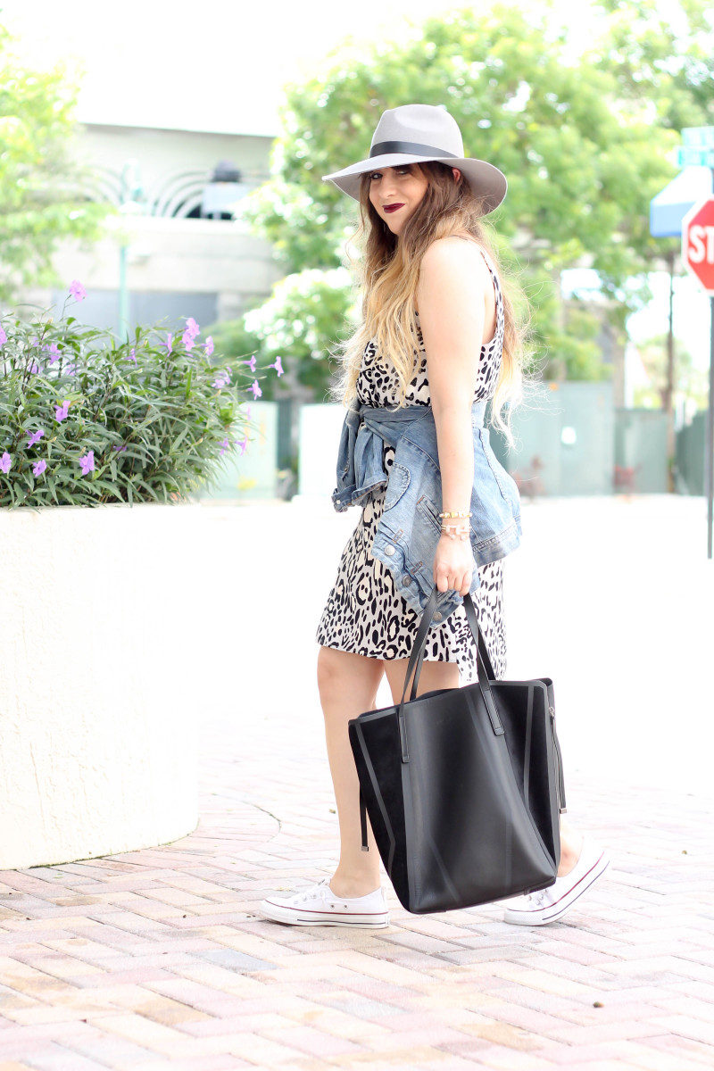 Topshop leopard shift dress, Converse white Shoreline sneaker, JCrew jean jacket, Topshopo felt fedora (11 of 13)