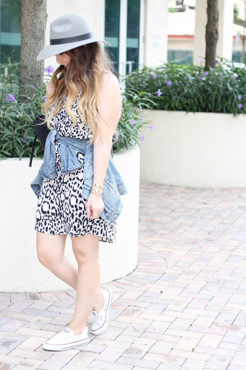 Topshop leopard shift dress, Converse white Shoreline sneaker, JCrew jean jacket, Topshopo felt fedora (4 of 13)