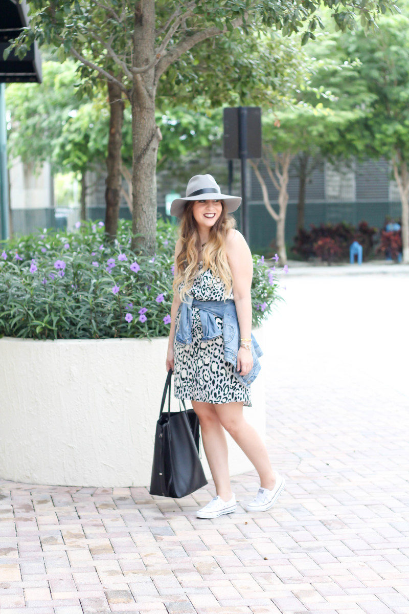 Topshop leopard shift dress, Converse white Shoreline sneaker, JCrew jean jacket, Topshopo felt fedora (5 of 13)
