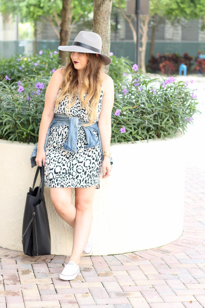 Topshop leopard shift dress, Converse white Shoreline sneaker, JCrew jean jacket, Topshopo felt fedora (7 of 13)