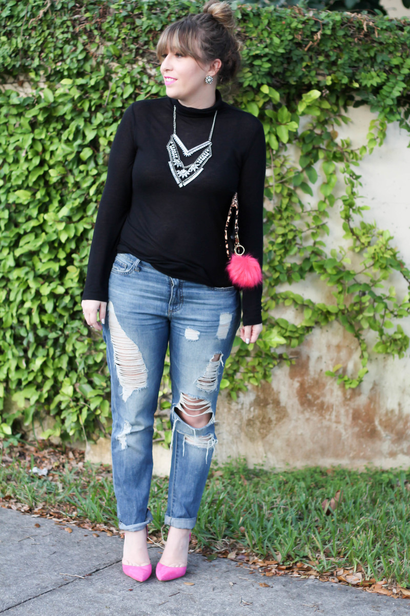 How to style a turtleneck and boyfriend jeans-2