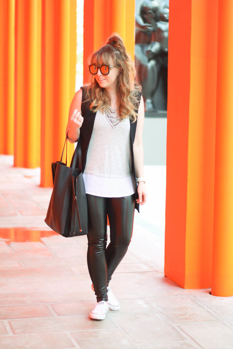 Leather leggings, sleeveless boyfriend blazer, layered tank, Converse-4