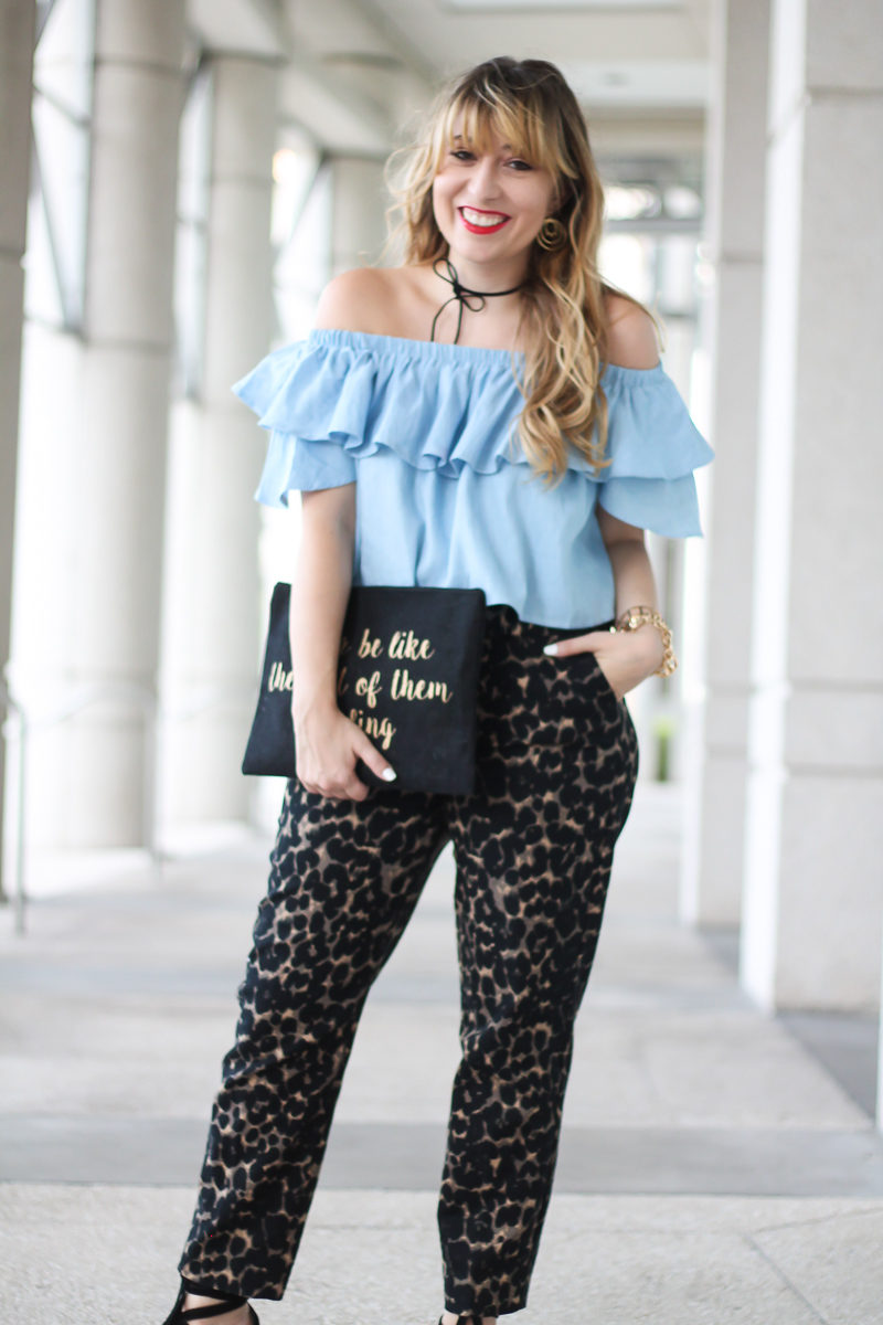 choies-chambray-off-the-shoulder-top-old-navy-harper-pant-3-of-10