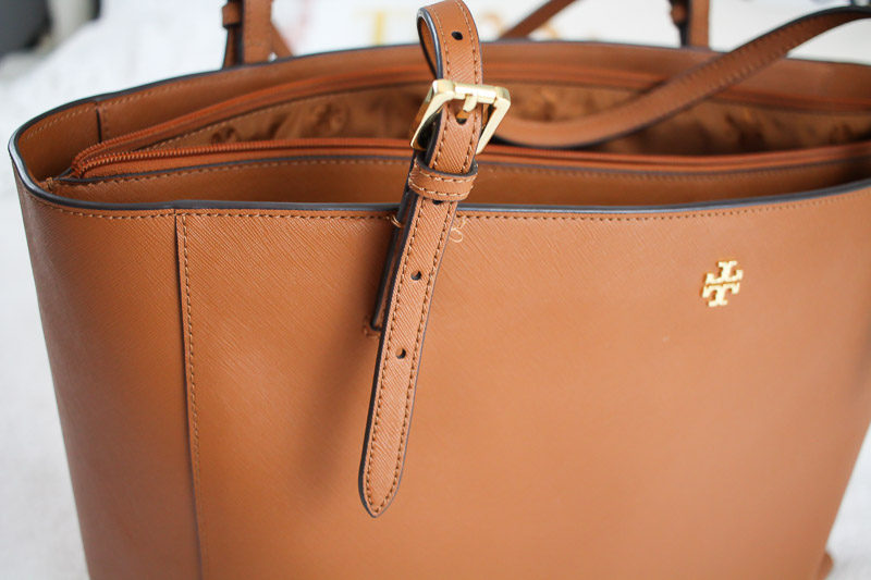 tory-burch-york-buckle-tote-review-13-of-14