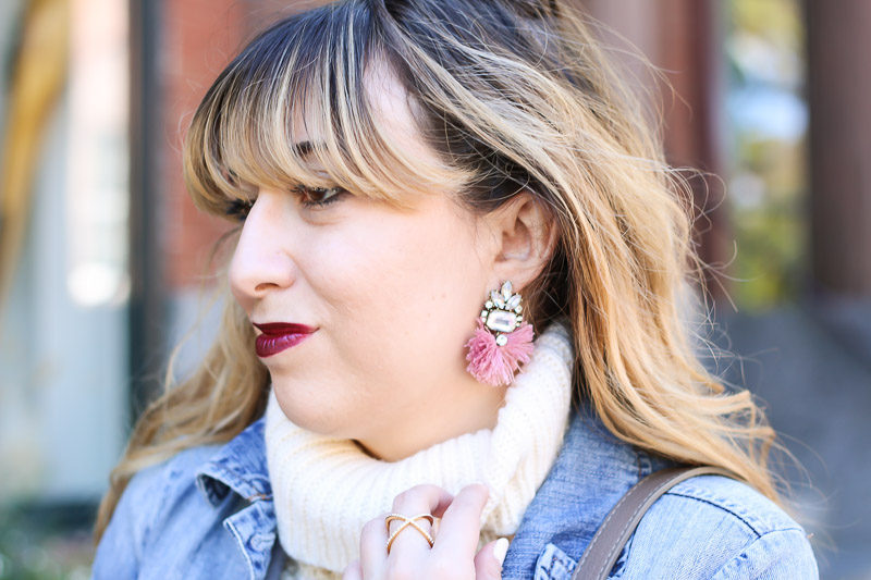 Miami fashion blogger Stephanie Pernas wearing Baublebar Flamenco Drops earrings with a cozy turtleneck sweater.