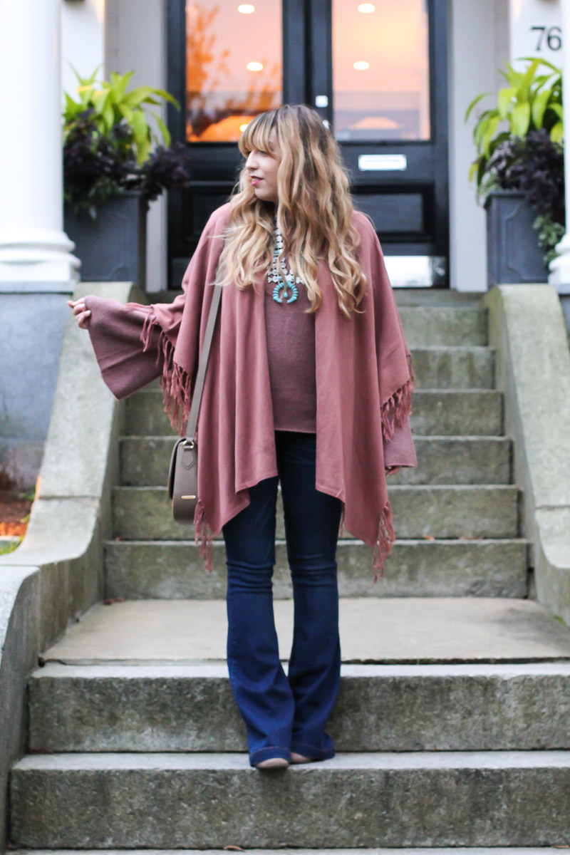 Fall outfit with flare jeans