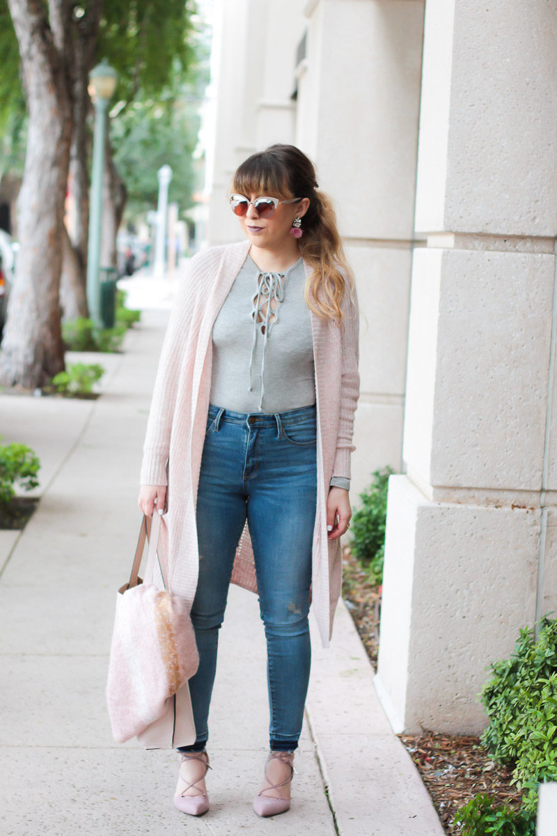 Miami fashion blogger Stephanie Pernas of A Sparkle Factor wearing a cozy blush and gray outfit