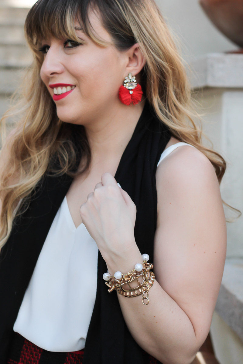 Fashion blogger wearing Baublebar Flamenco Drops earrings with her holiday outfit