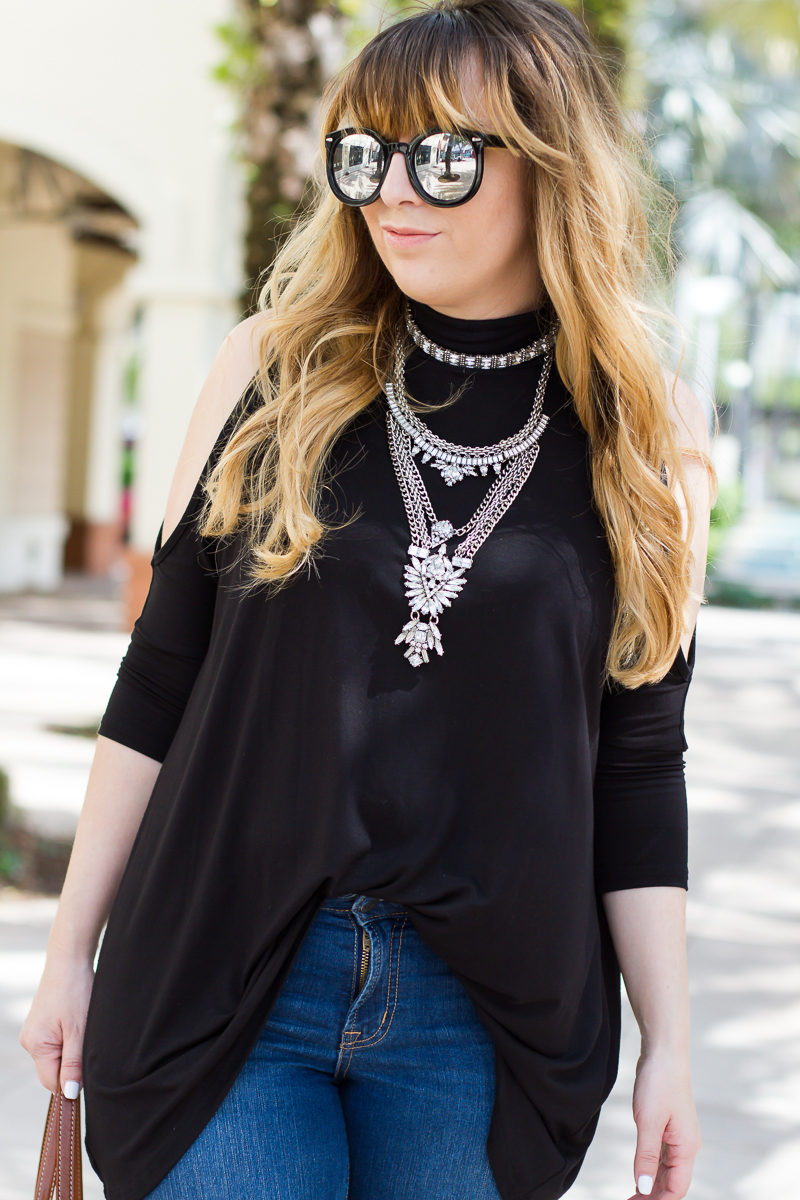 Miami fashion blogger Stephanie Pernas wearing the Baublebar Supernova Choker and bib set