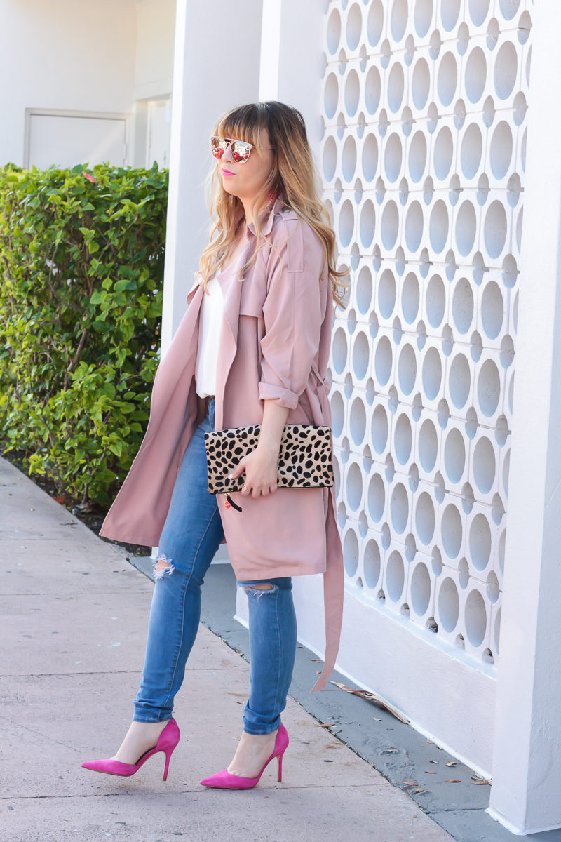 Miami fashion blogger Stephanie Pernas of A Sparkle Factor wearing Fantaseyes sunglasses with a pink Forever 21 trench coat for a cute spring outfit idea
