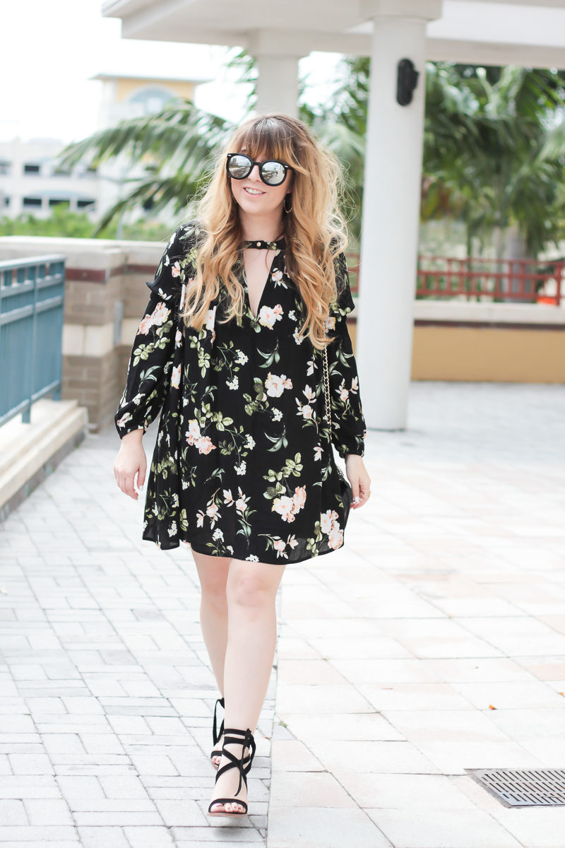 Miami fashion blogger Stephanie Pernas wearing a long sleeve floral dress for a cute spring outfit idea