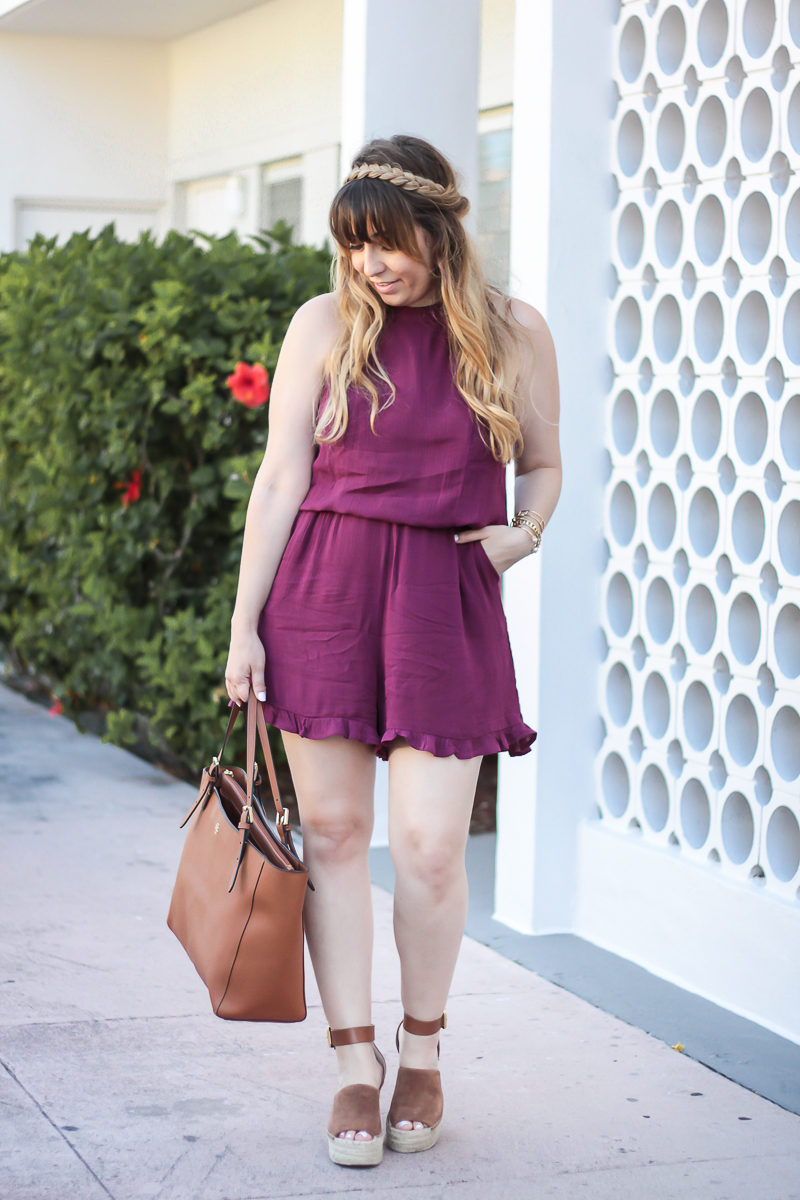 Miami fashion blogger Stephanie Pernas styles cute cognac wedges