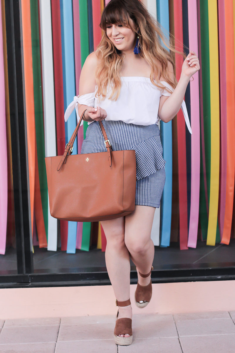 Miami fashion blogger Stephanie Pernas styles a cute ruffle skirt for spring