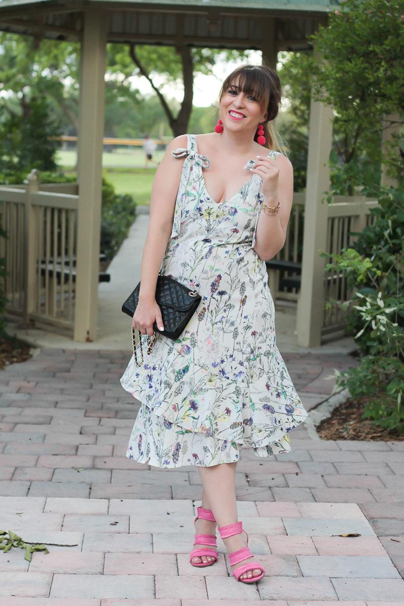 Miami fashion blogger Stephanie Pernas wearing a pretty floral dress for spring