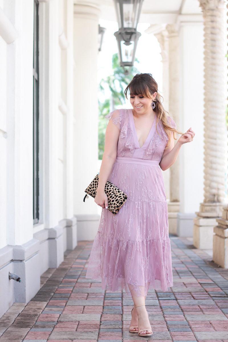 Miami fashion blogger Stephanie Pernas styles a Wayf lilac lace dress