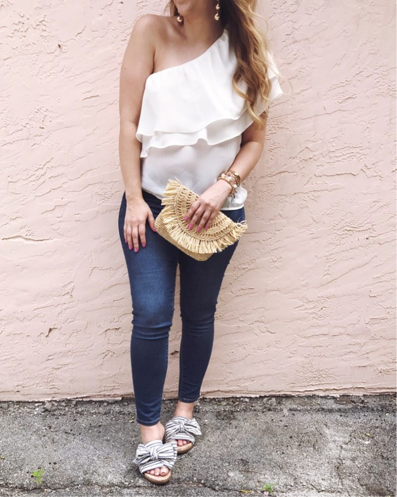 OOTD: jeans and white ruffle top
