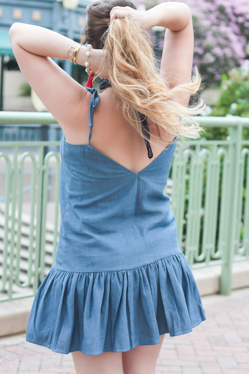 Miami fashion blogger Stephanie Pernas wearing a Lucca Couture chambray dress