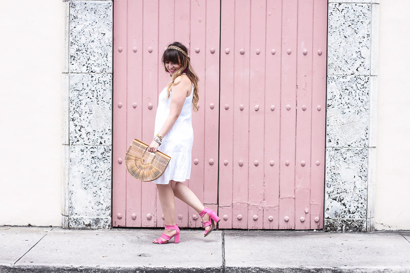 Miami fashion blogger Stephanie Pernas styles an Old Navy drop waist dress